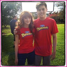 Bella Thorne, Dylan Sprouse, Cole Sprouse Danimals Rally For Recess Commercial Sprouse Bros, Dylan Sprouse, Sprouse Cole, Zack E Cody, Dylan And Cole, My Prince Charming, Disney Stars, Bella Thorne, 90s Kids