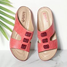 ffa226439a 1822 Best Flats images in 2019 | Flat sandals, Bass shoes, Slippers