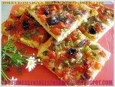 grey10 Pizza Recipes, Vegetarian Recipes, Dessert Recipes, Cooking Recipes, Healthy Recipes, Healthy Foods, Cookie Dough Pie, Eat Greek, Mediterranean Recipes