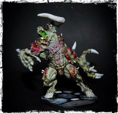 King in Yellow: Abominotaur - Zombicide Black Plague - Cool Mini o...