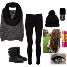 Grey & Black Outfit !