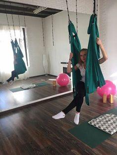 Доброе утро! Любимица наших клиентов и не только Ирина сходила в студию Timeless на йогу в гамаках. Студия прекрасна, инструктор Татьяна внимательна, настроение отличное - идеальный рецепт на утро, день или вечер. Записывайтесь на занятия в студию: https://www.fitmost.ru/studioinfo/92/yoga-studiya-timeless-m-alekseyevskaya