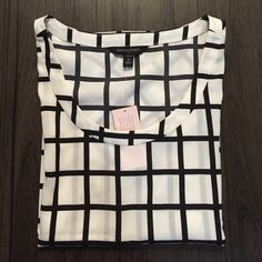 Banana Republic top Brand NEW, never used before, and NO trades please. Banana Republic Tops