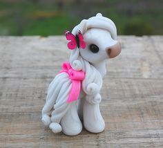 Genuine and original polymer clay sculpture designed and handmade with love by Elisabete Santos Polymer Clay Figures, Polymer Clay Sculptures, Polymer Clay Animals, Polymer Clay Projects, Polymer Clay Creations, Sculpture Clay, Clay Crafts, Horse Sculpture, Ceramic Sculptures