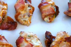 These Cheesy Bacon Wrapped Dates are so easy to throw together and the combination of crispy bacon with naturally sweet dates and creamy cheese in the middle is irresistible! Venison Recipes, Meat Recipes, Cooking Recipes, Vegetable Recipes, Yummy Appetizers, Appetizer Recipes, Party Appetizers, Party Recipes, Party Snacks