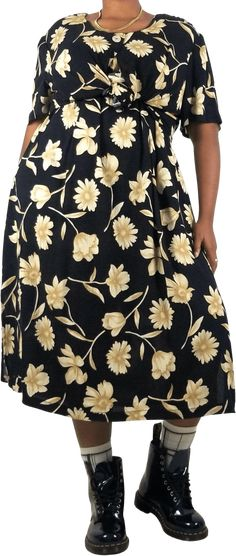 """Plus Size Vintage Dark Cottage Core Floral Attached Faux Shirt Midi DressWomens Size 20Wchest 27""""hip 32""""length 47""""-faux shirt tied to give shape - optionalGently pre-owned. Excellent condition! Vintage items tend to run small, please see measurements to determine size. 🙂 Please see measurements and photos for details. Thanks for looking!!***(model is 5'8""""/Size 14 modern/Size 16 vintage)***Brand: Ultra DressPlus Size Vintage Dark Cottage Core Floral Attached Faux Shirt Midi Dress Boho Short Slee Midi Shirt Dress, Peplum Dress, Mori Girl Fashion, Plus Size Vintage, Vintage Branding, Boho Dress, Boho Shorts, Size 16, Vintage Items"""