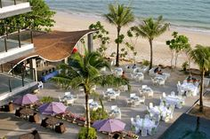 Die Restaurantterrasse des Beyond Resorts in Krabi, Thailand Krabi Thailand, Eyfs, Phuket, Resorts, Bangkok, Holiday Fun, Hong Kong, The Good Place, Sea