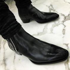 "slp-patrick: "" Sexy heel #Saintlaurentparis """