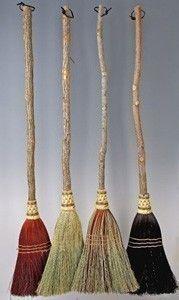 her broom set