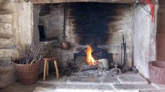 fireplace_restored.jpg (1035×575)