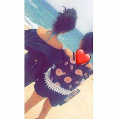 Cute Love Couple, Cute Girl Photo, Girl Photo Poses, Friend Pictures, Girl Pictures, Girl Photos, Photo Snapchat, Sweet Girls, Cute Girls