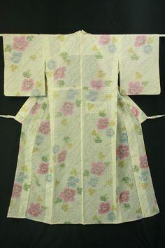 Ivory multiple color, summer wool hitoe komon / アイボリー地 多色花柄 サマーウールの単衣小紋   #Kimono #Japan http://global.rakuten.com/en/store/aiyama/