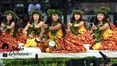 Hula noho with the puniu...On my bucket list of performing hula styles:D