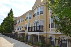 Downtown- Highland City View is a mid-rise building built in 2000, and comes with a gym and business center.