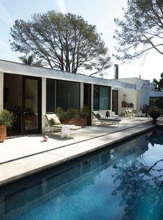 Dewey Nicks Santa Barbara home.  Photograph: William Abranowicz