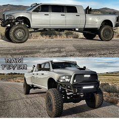 I want this truck so bad! 6 doors