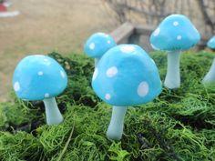 wonderful handmade set of 35 indoor outdoor miniature mushrooms patio planter terrarium birthdays weddings