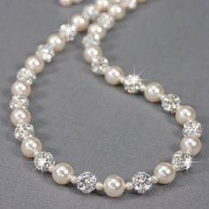 Pearl and Rhinestone Necklace White or Ivory por LizardiBridal