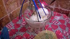 Glace au yaourtbonjour les ami(e)s , pour ce week-end qui s'annonce très chaud , je vous propose une glace au yaourt , un pur délice ;) la recette en photos et par étape est sur : http://la-cuisine-de-mumu.over-blog.com/2017/07/glace-au-yaourt.html