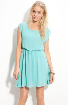 "Lush ""Harper"" Chiffon Dress in Seafoam.. perfect spring dress!!"