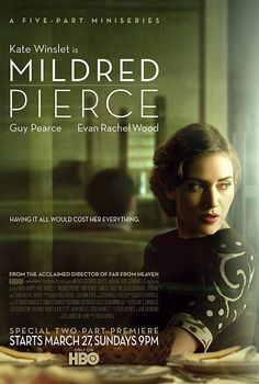 Mildred Pierce Mini-Series / Stars: Kate Winslet, Guy Pearce / Divorced single mom Mildred Pierce decides to open a restaurant business, which tears at the already-strained relationship with her ambitious elder daughter, Veda. Guy Pearce, Kate Winslet, Evan Rachel Wood, Love Movie, Movie Tv, Movie List, Serie Du Moment, Mad Men, Mildred Pierce