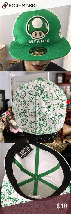 SUPER MARIO GET A LIFE CAP SUPER MARIO GREEN FLAT BILL FITTED CAP NEW WITHOUT TAGS super mario Accessories Hats