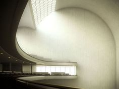 ElFrontón Recoletos, construido en 1935en la calle Villanueva de Madrid, constituyó en su día uno de los diseños más sobresalientes del ingenieroEduardo Torrojay fue llevado a la práctica en colaboración con el arquitectoSecundino Zuazo.    (via Frontón Recoletos - Urbipedia)