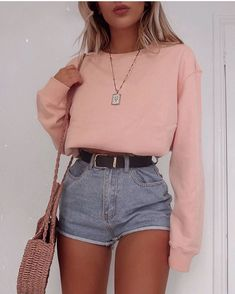 Trend Clothes & Fashion Looks For Your Street Style Outfit Ideas - cars - Shorts Mode Outfits, Casual Outfits, Fashion Outfits, Womens Fashion, Fashion Trends, Female Fashion, Fashion Fashion, Street Fashion, Fashion Ideas
