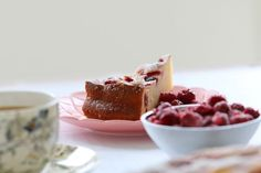 The most deliciously simple Raspberry & Ricotta Cake you will ever make! This is one of our most popular cake recipes ever! Winter Desserts, Sweet Desserts, Sweet Recipes, Baking Recipes, Cake Recipes, Dessert Recipes, Raspberry Ricotta Cake, Self Saucing Pudding, Raspberry Recipes
