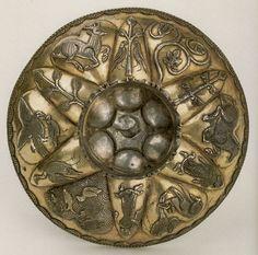 Чаша серебряная, круглая, ложчатая. Конец VI - 1-я половина VII в. Государственный Эрмитаж
