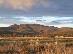 The stunning Nandewar Ranges, Mt Kaputar National Park Pale Blue Dot, Ranges, New Zealand, Places Ive Been, Tourism, National Parks, Scenery, To Go, Australia