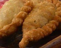 Clásicas empanadas fritas de carne cortada a cuchillo - Cocineros Argentinos