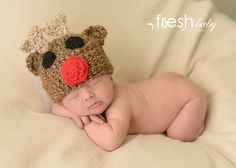 Reindeer Hat for Newborn Photography / Christmas Hats / Baby Reindeer Christmas hat /  Baby's First Christmas / CHRISTMAS PROPS
