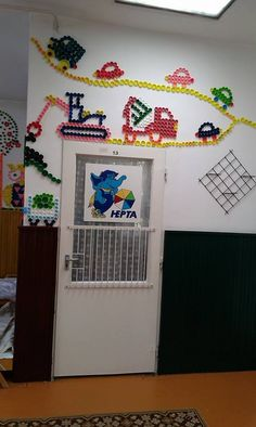 Wall decoration ideas with plastic bottle caps