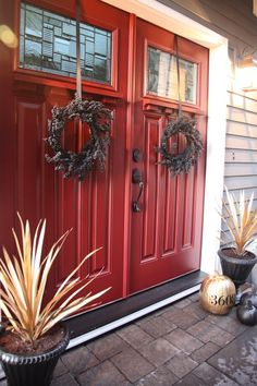 I want to replace my existing double doors with these! I want to replace my existing double doors with these! Double Garage Door, Double Front Doors, Red Front Doors, Double Doors Entryway, Red Garage Door, Red Door House, Door Entryway, Entryway Decor, Front Door Colors