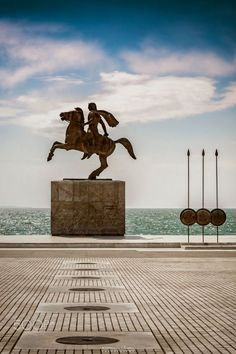 Alexander the Great, Thessaloniki, Greece by George Gyrnas. Alexander III of Macedon July 356 BC – June 323 BC), commonly known as Alexander the Great , was a king of the Ancient Greek. Alexander The Great Statue, Macedonia Greece, Greece Thessaloniki, Mein Land, Alexandre Le Grand, Greece Honeymoon, Greek Beauty, Santorini Greece, Ancient Greece