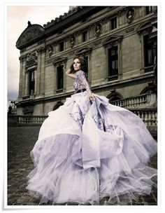 ru_glamour: Haute Couture by Mario Sierra. Gorgeous Wedding Dress, Beautiful Gowns, Beautiful Flowers, Mode Glamour, Style Couture, Costume, Mode Inspiration, Wedding Inspiration, Wedding Ideas