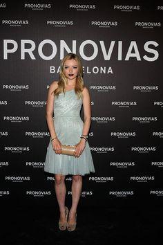 La actriz estadounidense Francesca Eastwook hizo su aparición guapísima con un look ghd muy natural.