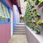A Recycled Plastic Bottle Vertical Garden — Treehugger | Apartment Therapy