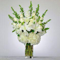 White Floral Arrangements, Wedding Arrangements, Wedding Table Centerpieces, Flower Centerpieces, Flower Vases, Holiday Centerpieces, Cheap Wedding Flowers, Flower Bouquet Wedding, Wedding Stuff