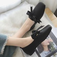 Shop Women's Loafers & Moccasins Online | YesStyle