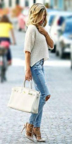 loose knit top + distressed jeans + studded blush pink stilettos.  Jeans/Top: Zara, Shoes: Valentino. Spring Outfits    #fashion, #fashionista, #fashionblogger, #streetstyle, #fashionicon, #instastyle, #instafashion