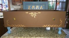 Emma's drawer bed!