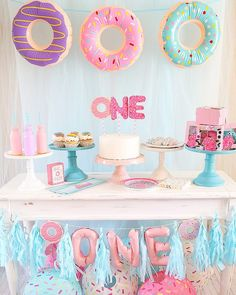Donut ya just love this 1st birthday party from @shellespartyplanit ? See all the cute click the link. #firstbirthdayparty #firstbirday #birthdaypartyideas #partyideas #donuts #donutparty #orientaltrading