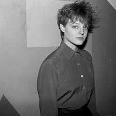 "Jodie Foster // ""Often people think of strength as surviving. But I think it's surviving intact, and there's a big distinction. The Fosters, Most Beautiful Women, Beautiful People, Androgynous Women, British Academy Film Awards, Club Kids, Post Punk, Famous Faces, Celebrity Photos"