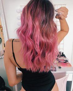 Hair Color Streaks, Hair Dye Colors, Cool Hair Color, Pink Hair Highlights, Dye My Hair, New Hair, Pink Ombre Hair, Dark Pink Hair, Aesthetic Hair