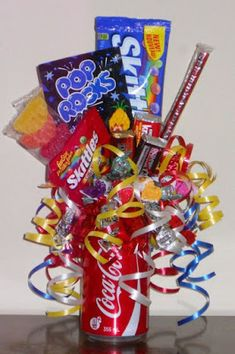 """How fun are these """"Party in a can"""" our exploding candy and chocolate pop cans. - How fun are these """"Party in a can"""" our exploding candy and chocolate pop cans….you choose the - Candy Bar Bouquet, Food Bouquet, Gift Bouquet, Chocolate Pops, Chocolate Bouquet, Chocolate Factory, Valentine Bouquet, Valentines Diy, Candy Arrangements"""