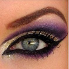 i'm a sucker for purple eye make up. this is perfect. too much eyeliner but i love the colors. Gold Smokey Eye, Smoky Eyes, All Things Beauty, Beauty Make Up, Hair Beauty, Love Makeup, Makeup Tips, Makeup Looks, Makeup Ideas