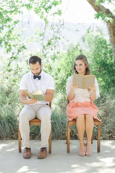 Book lovers! 60s Inspired Pastel Engagement Photo Shoot - Pic: Taylor Abeel Photography