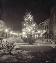 Main Street Hillsboro IL Christmas 1935